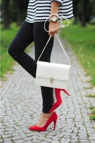 Zapatos de tacón de ante rojos de Aleksander Siradekian