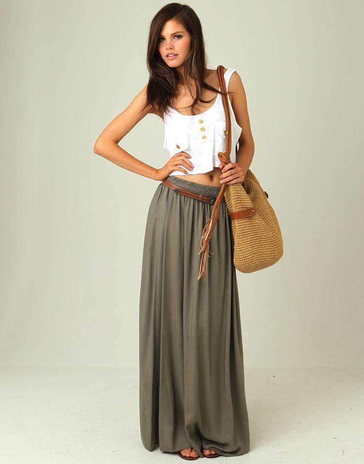 ed88778c4 Cómo combinar una falda larga verde oliva (6 looks de moda) | Moda ...