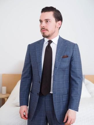 Cómo combinar: traje de tartán azul marino, camisa de vestir blanca, corbata negra, pañuelo de bolsillo de paisley negro