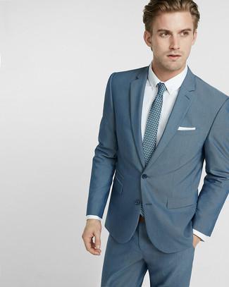 Cómo combinar: traje en verde azulado, camisa de vestir blanca, corbata estampada en verde azulado, pañuelo de bolsillo blanco