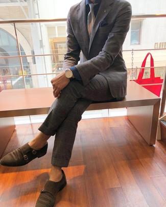 Cómo combinar unos zapatos con doble hebilla de ante marrónes: Considera emparejar un traje de tartán gris con una camisa de vestir de cambray azul marino para un perfil clásico y refinado. Zapatos con doble hebilla de ante marrónes son una opción inigualable para complementar tu atuendo.
