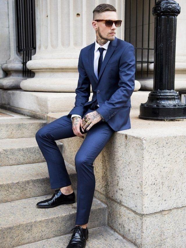 421ef5ec Look de moda: Traje azul marino, Camisa de vestir blanca, Zapatos derby de  cuero negros, Corbata azul marino   Moda para Hombres   Lookastic España