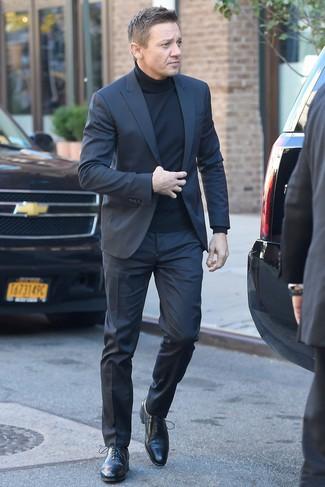 Traje en gris oscuro jersey de cuello alto negro zapatos oxford de cuero negros large 26346