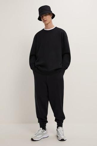 Chándal negro de Versace Collection