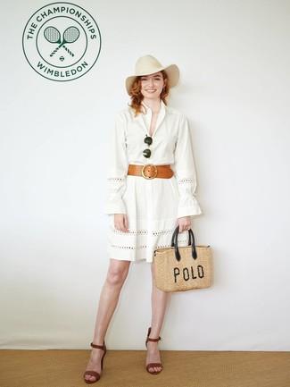 Cómo combinar un sombrero: Considera emparejar una vestido camisa con ojete blanca junto a un sombrero para un look agradable de fin de semana. Sandalias de tacón de cuero marrónes son una opción inmejorable para completar este atuendo.