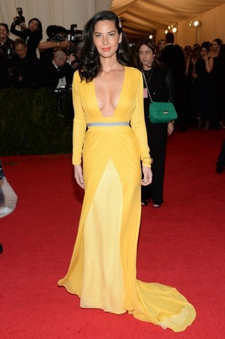 Vestido de noche amarillo large 2268