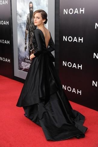 Cómo combinar: vestido de noche de satén negro