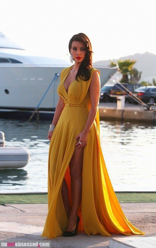 042b7110e Cómo combinar un vestido de noche mostaza (37 looks de moda)