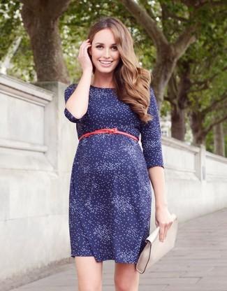 Look vestido azul estampado