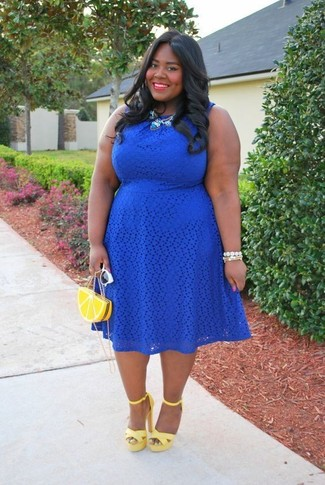 Unas para un vestido azul