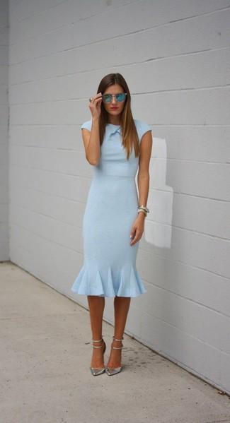 Zapatos para un vestido azul claro