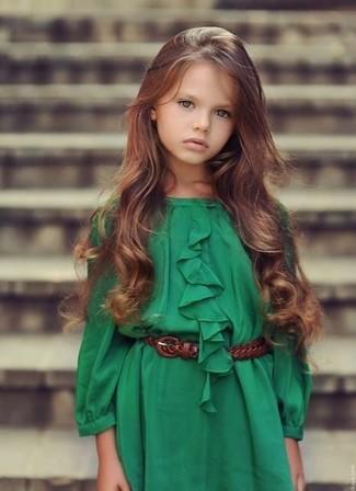 Cómo combinar: vestido verde