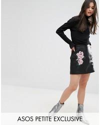 Minifalda de cuero bordada negra de Asos