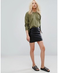Minifalda de cuero negra de Noisy May