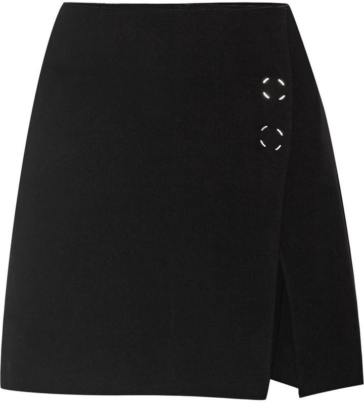 Minifalda de Lana Negra de Acne Studios  dónde comprar y cómo combinar 2a2c1c55e5e1