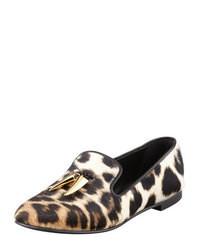 Mocasín con borlas de ante de leopardo marrón