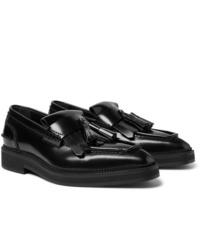Mocasín con borlas de cuero negro de Alexander McQueen