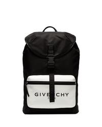 Mochila en negro y blanco de Givenchy