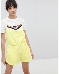 Mono corto amarillo de Nike