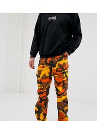 Pantalón cargo de camuflaje naranja de Reclaimed Vintage
