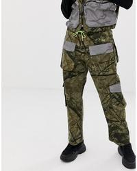 Pantalón cargo de camuflaje verde oliva de Jaded London