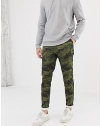 Pantalón chino de camuflaje verde oliva de ASOS DESIGN