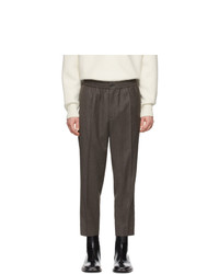 Pantalón chino de lana en gris oscuro de AMI Alexandre Mattiussi