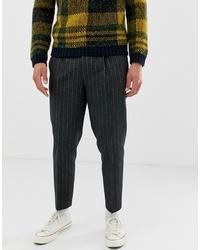 Pantalón chino de lana en gris oscuro de ASOS DESIGN