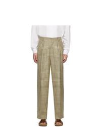 Pantalón chino de tartán en beige