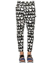 Pantalón chino en blanco y negro