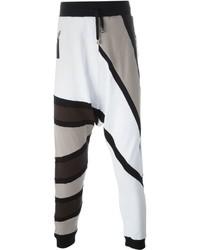 Pantalón de chándal con estampado geométrico blanco de Unconditional