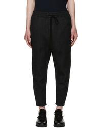 Pantalón de chándal de rayas verticales en gris oscuro