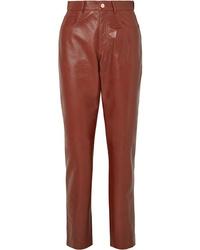 Pantalón de pinzas de cuero marrón