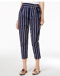 Pantalón de pinzas de rayas verticales azul marino
