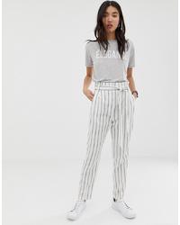 Pantalón de pinzas de rayas verticales blanco de ASOS DESIGN