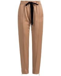 Pantalón de pinzas marrón claro