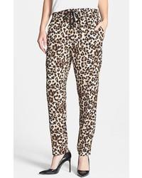 Pantalon de pinzas marron original 10579562