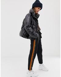 Pantalón de pinzas negro de Pull&Bear