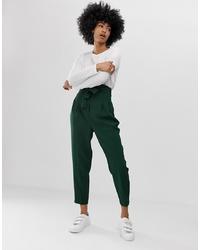 Pantalón de pinzas verde oscuro de ASOS DESIGN