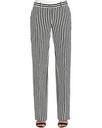 Pantalón de vestir de rayas verticales en blanco y negro