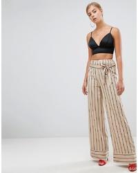 Pantalones anchos de rayas verticales en beige de Missguided