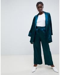 Pantalones anchos de satén azul marino de Vero Moda