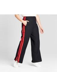 Pantalones anchos en rojo y negro