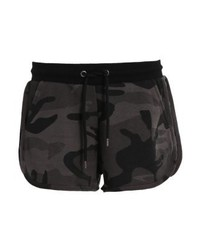 Pantalones cortos de camuflaje negros de Urban Classics