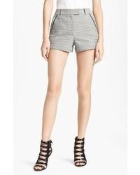 Cómo combinar unos pantalones cortos grises (40 looks de moda ... ccc5169fa4d0