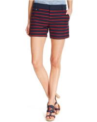 Pantalones cortos de rayas horizontales azul marino