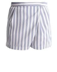 Pantalones Cortos de Rayas Verticales Celestes de KIOMI