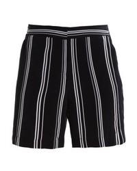 Pantalones cortos de rayas verticales negros de Opus