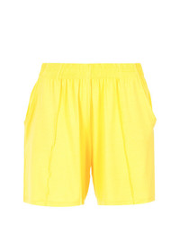 Pantalones cortos plisados en amarillo verdoso de Lygia & Nanny