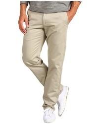 Como Combinar Unos Pantalones En Beige 1200 Outfits Lookastic Espana